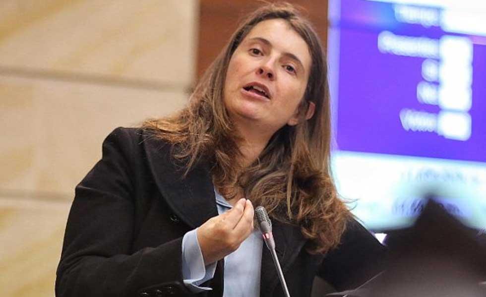 "Un lapsus? Paloma Valencia aseguró que Álvaro Uribe ""pagó algunas ..."