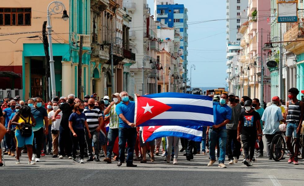 """EE.UU. """"muy preocupado"""" por la llamada de Díaz-Canel a """"combatir"""" protestas  - CABLENOTICIAS"""